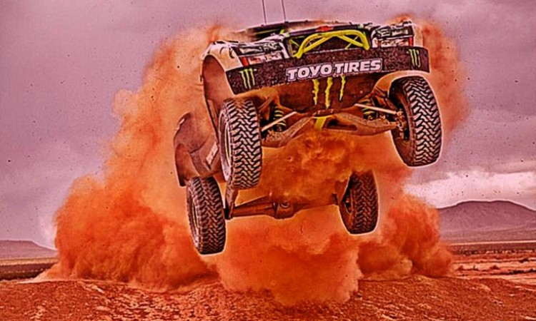 Ballistic BJ Baldwin Action from the 2014 Rigid Industries SCORE Imperial Valley 250