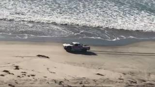 Baja1000-Robby-Gordon-Tearing-Down-The-Beach